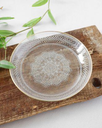 Chance Glass plate lace